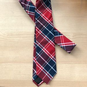Plaid J.Crew Tie (perfect for 4th of July)